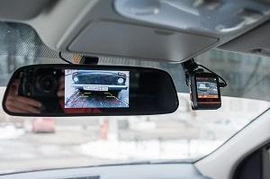 Камера с монитором на заднее зеркало